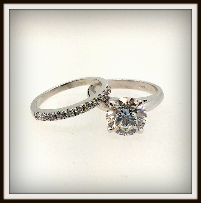 2 ct diamond engagement ring