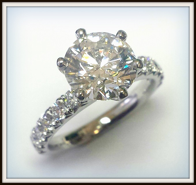 2 carat E Colour Round Brilliant Cut Diamond in Platinum Ring (1)