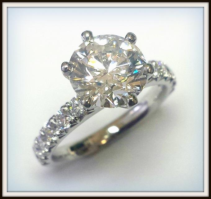2 carat E Colour Round Brilliant Cut Diamond in Platinum Ring (1)
