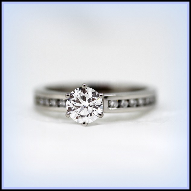 18ct White Gold Diamond set ring Torres Jewel Co 1